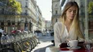 Date in Paris