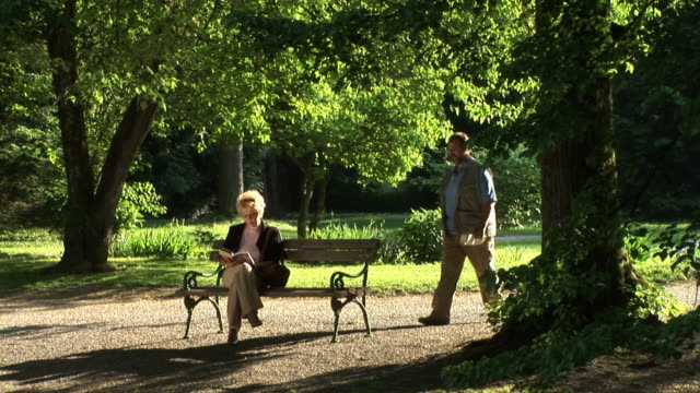 HD: A Date In The Park