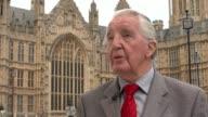 David Cameron calls for rethink on MPs pay rise EXT Dennis Skinner MP interview SOT/ Stuart Donaldson MP interview SOT/ Pedestrains / commuters along...