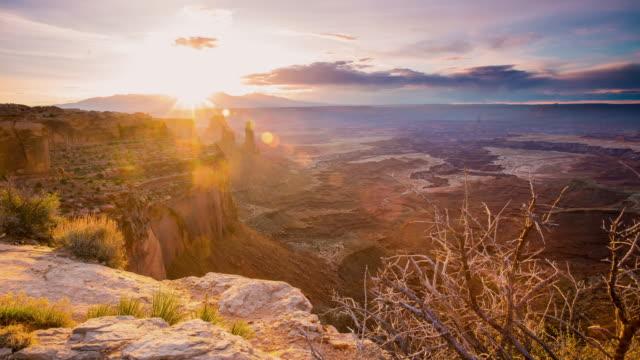 T/L 8K Dawn in het Canyonlands National Park