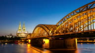 4K Day to night Time-lapse: Cologne Cathedral Hohenzollern Bridge Germany