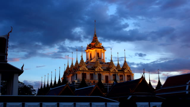 Day To Night,Time Lapse Temple Famous place Bangkok