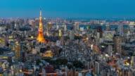 Dag naar nacht: Tokyo stadsgezicht