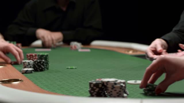 DOLLY HD: Gestione carte per Texas Hold'Em Poker gioco