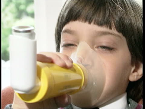 Defective gene may be linked to asthma LTN TOM LIB Young girl using inhaler CMS Young boy using nebuliser MS Man using larger inhaler MS Lab...