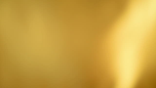 Sfocato di seta gialla