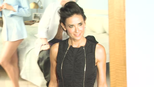 Demi Moore at the 'No Strings Attached' Premiere at Westwood CA