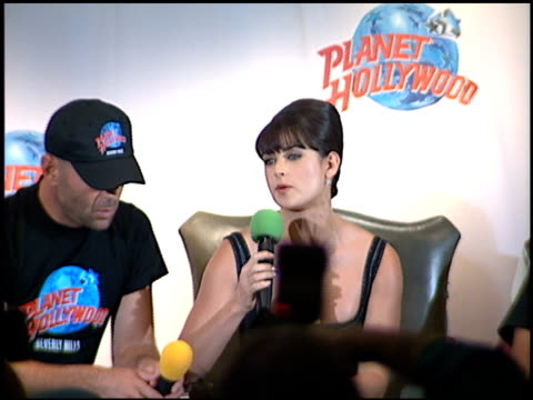 Demi Moore at the Planet Hollywood Press Conf and entrances on September 17 1995