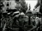 Demonstrations with General Massu / Algeria