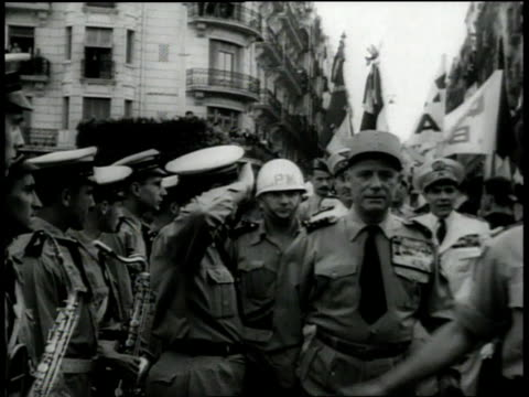 Demonstrations with General Massu / Algeria