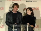 Dennis Quaid and Selma Blair announce the nominations for Best Debut Performance at the 2005 Independent Spirit Awards Nominations at Le Meridien in...