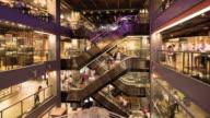4K : Department store escalators