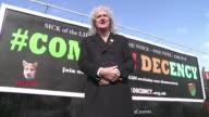 Desde el guitarrista de Queen a un director de cine o un cantante de rap conozca a los insolitos candidatos que participan en las elecciones...