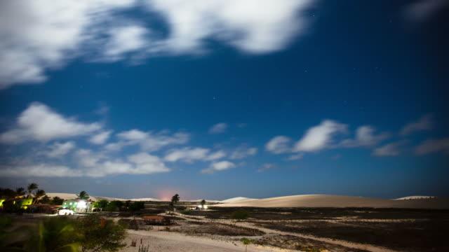 TIME LAPSE: Desert Brazil at night