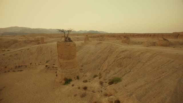 Woestijn landschap. Luchtfoto schieten
