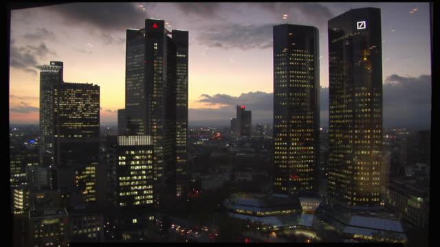 WS, Deutsche Bank Twin Towers illuminated at dusk, Frankfurt am Main, Germany