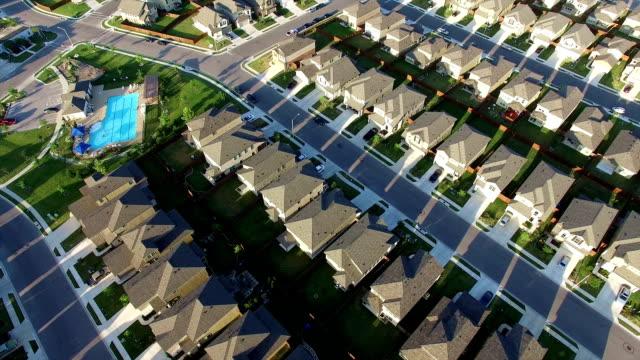 Diangol nieuwe voorstad buitenkant van Austin Texas in de buurt van Round Rock luchtfoto huis na huis na huis