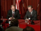 Dick Cheney London visit *CR3021 GULF CRISIS DICK CHENEY LONDON VISIT ENGLAND London Ministry of Defence INT **FLASHLIGHT US Secretary of State for...