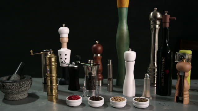 WS of different pepper mills