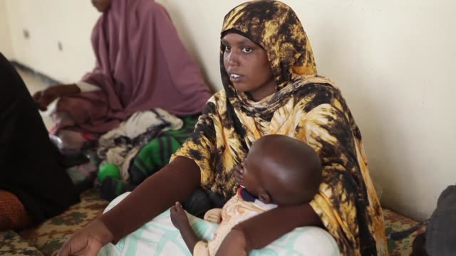 Displaced Oromo people have sought refuge in the Ethiopian city of Adama following deadly clashes between ethnic Somalis and Oromos