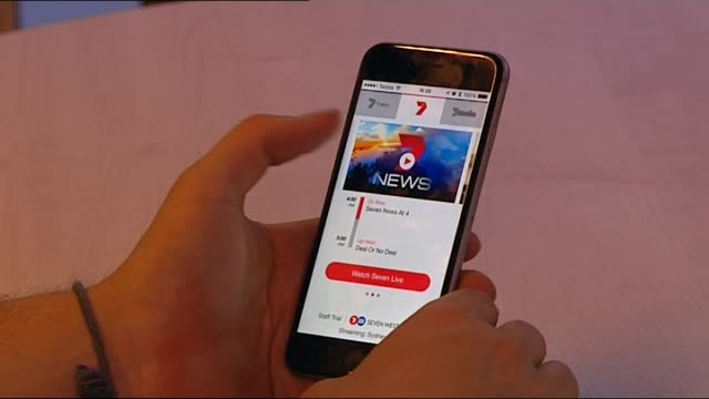 Djuro Sen reports on the launch of Australian Television network Channel 7's live broadcast streaming app SMART PHONE WITH CHANNEL SEVEN SMARTPHONE...
