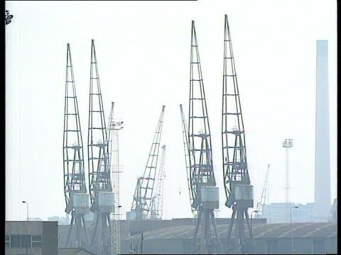 Docks dispute ITN LIB