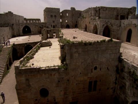 Dolly shot of ancient ruin, Syria (sound available)