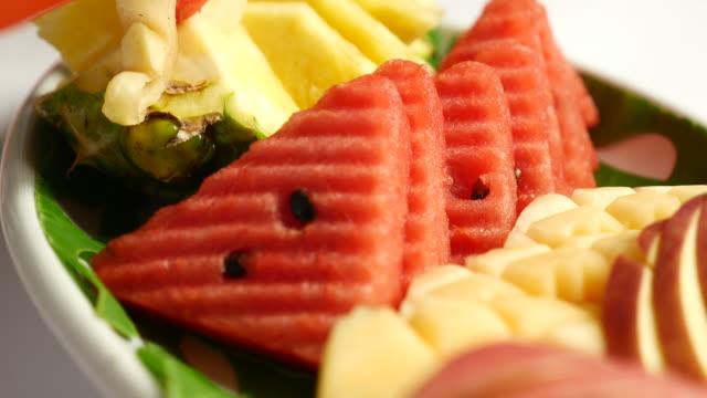 Dolly shot:fruits closeup