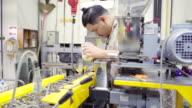 Dolly: stora ingenjören Häll extruder plast