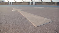 Dolly:Symbol arrow on the road surface.