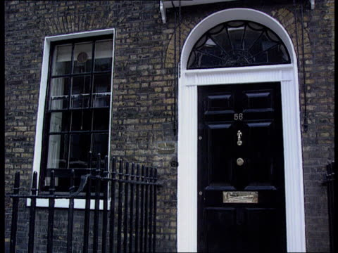 MI6 agent claims EXT Offices of The Spectator Frank Johnson interview SOT Don't know how MI6 works