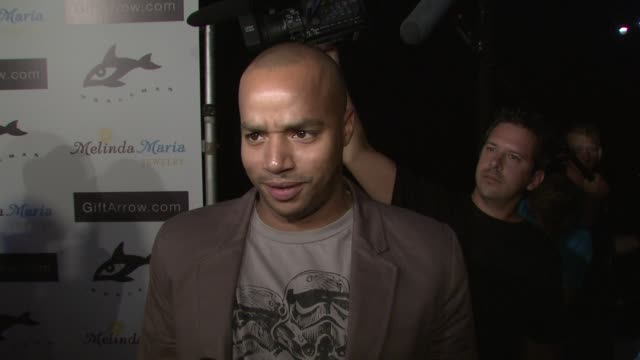 Donald Faison on attending tonight's event and on Hayden Panetierre as an inspiration at the GiftArrowcom and Melinda Maria Jewelry Sponsor Whaleman...
