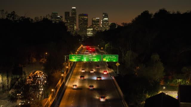 Die Innenstadt von Los Angeles Time Lapse Dämmerung zu dunkel