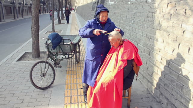 WS Downtown Street Barber/xian,shaanxi,china
