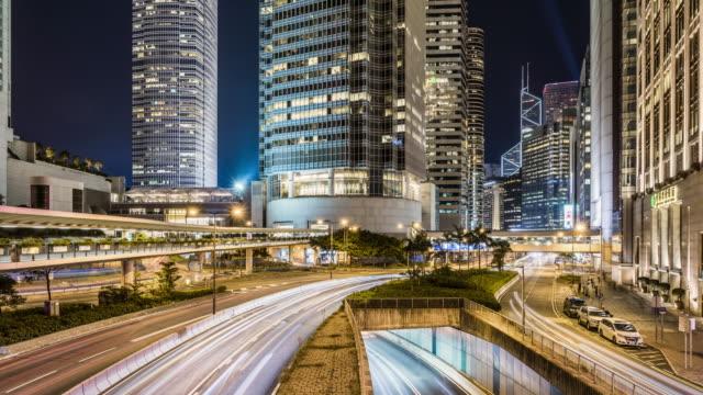 T/L WS ZO Downtown Traffic at Night / Hong Kong, China