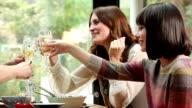 Trinkt Wein, Cheers.