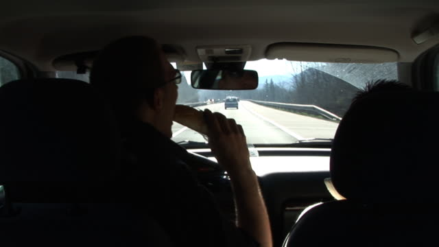 HD: Driving And Eating