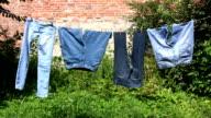 Trocknen Wäscherei-jeans Hosen