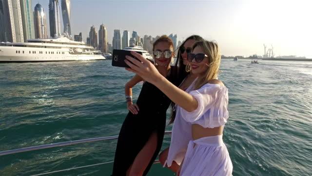 4K: Dubai lifestyle