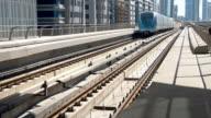 DS Dubai della metropolitana Arriva sulla stazione