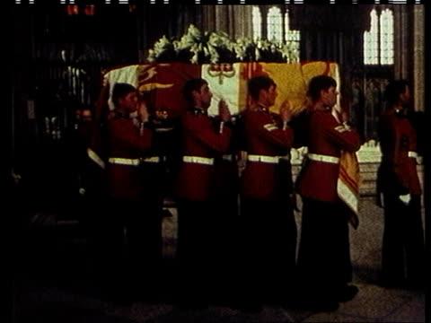 Duchess of Windsor death Tx 5672 ITN Berkshire Windsor Windsor Castle MS Pallbearers carrying the Duke of Windsor's coffin LR CMS The Duchess wearing...