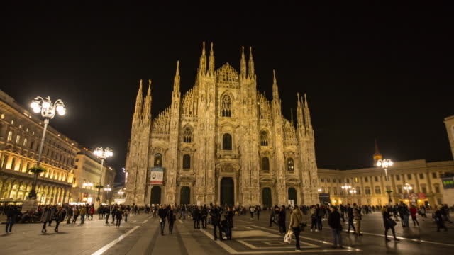 Duomo Milan City landmark building center