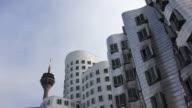 T/L Dusseldorf Gehry Buildings