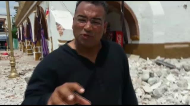 Earthquake kills at least 225 people MEXICO Morelos Jojutla EXT Reporter to camera