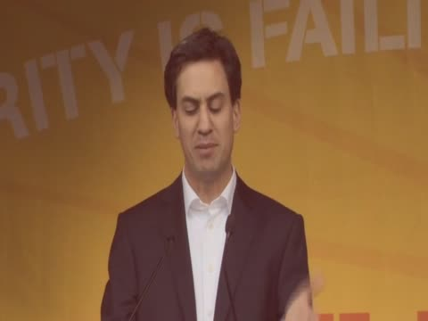 Ed Milliban is booed by crowd during speech in Hyde Park rally against cuts