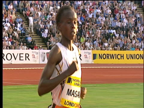 Edith Masai stretching her lead Women's 5000m 2004 Crystal Palace Athletics Grand Prix London