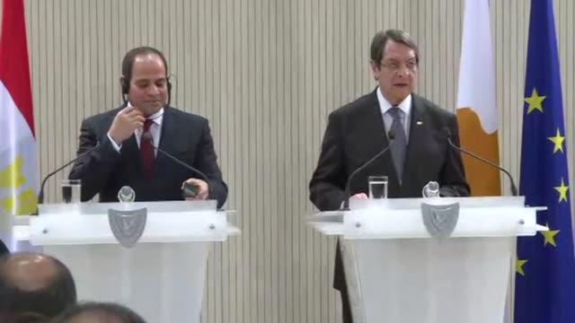 Egyptian President Abdel Fattah alSissi met on Monday his Cypriot counterpart Nicos Anastasiades in Nicosia