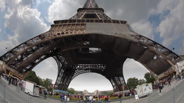 T/L WS LA Eiffel Tower / Paris, France