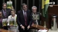 El abogado del gobierno Brasil denuncio el viernes una tentativa de golpe de Estado en la primera sesion de la Camara de Diputados que examina un...