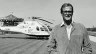 El actor británico Roger Moore que encarnó al agente James Bond en siete películas murió a los 89 años de edad en Suiza a causa de un cáncer anunció...
